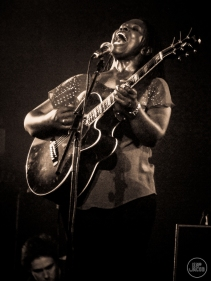 Ruthie Foster - photo Jim Jacob